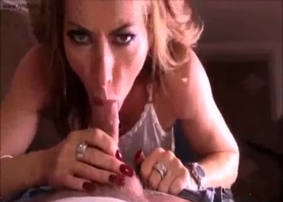 Glamorous mother gives an elegant deep blowjob