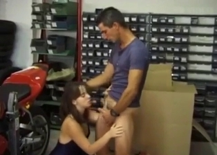 Biker asked his sister to give him a good head